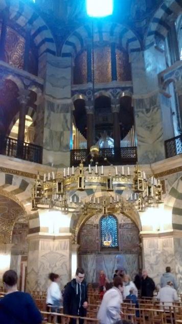 inside dom2