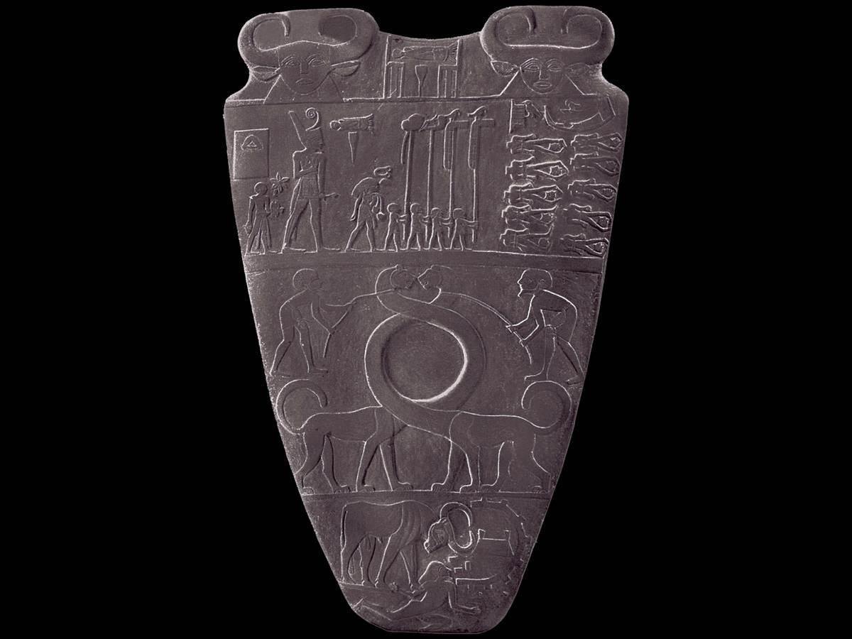 the palette of narmer Description of the obverse side of the narmer palette: narmer, king of the north.