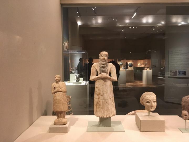 Met Museum-votive figures