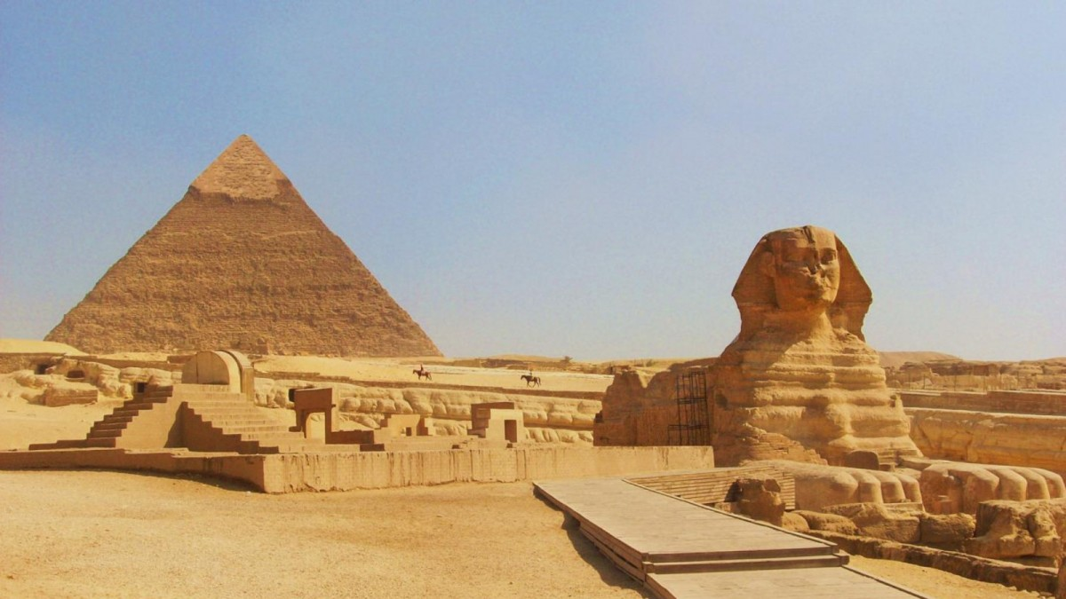 #17. Great Pyramids (Menkaura, Khafre, Khufu) and Great Sphinx