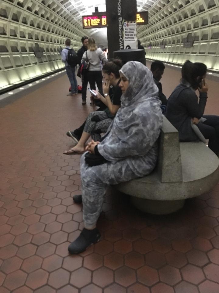 muslim women at subway