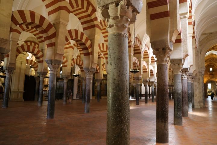 Mezquita-columns1