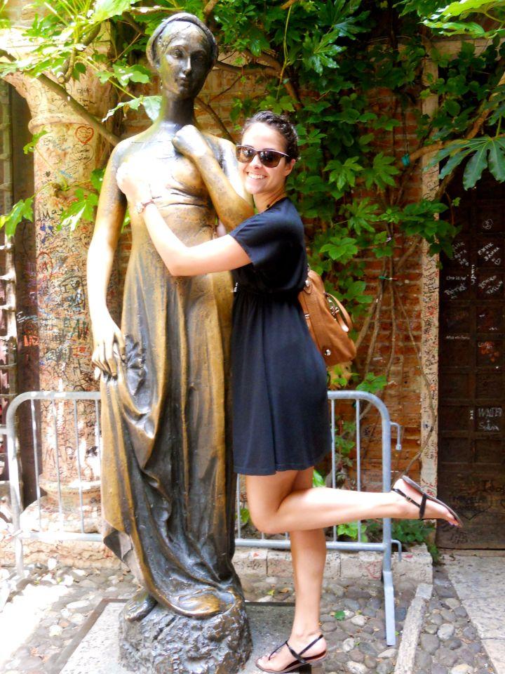 Juliette statue, Verona